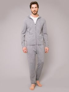 mens_cashmere_hoodie_finley_cashmere_silver_model